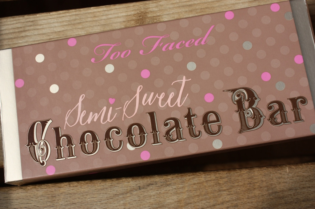 Тени для век Too Faced Chocolate Bar Semi Suret :: Косметика