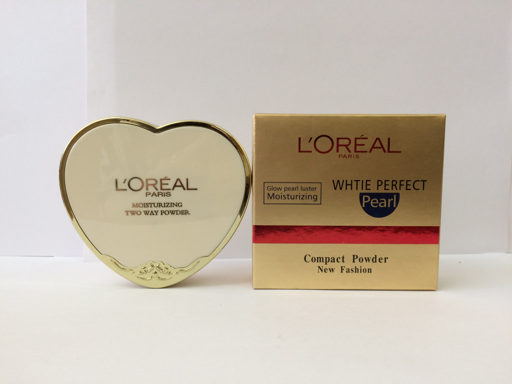 Пудра LOREAL PARIS MOISTURIZING TWO WAY POWDER :: Косметика