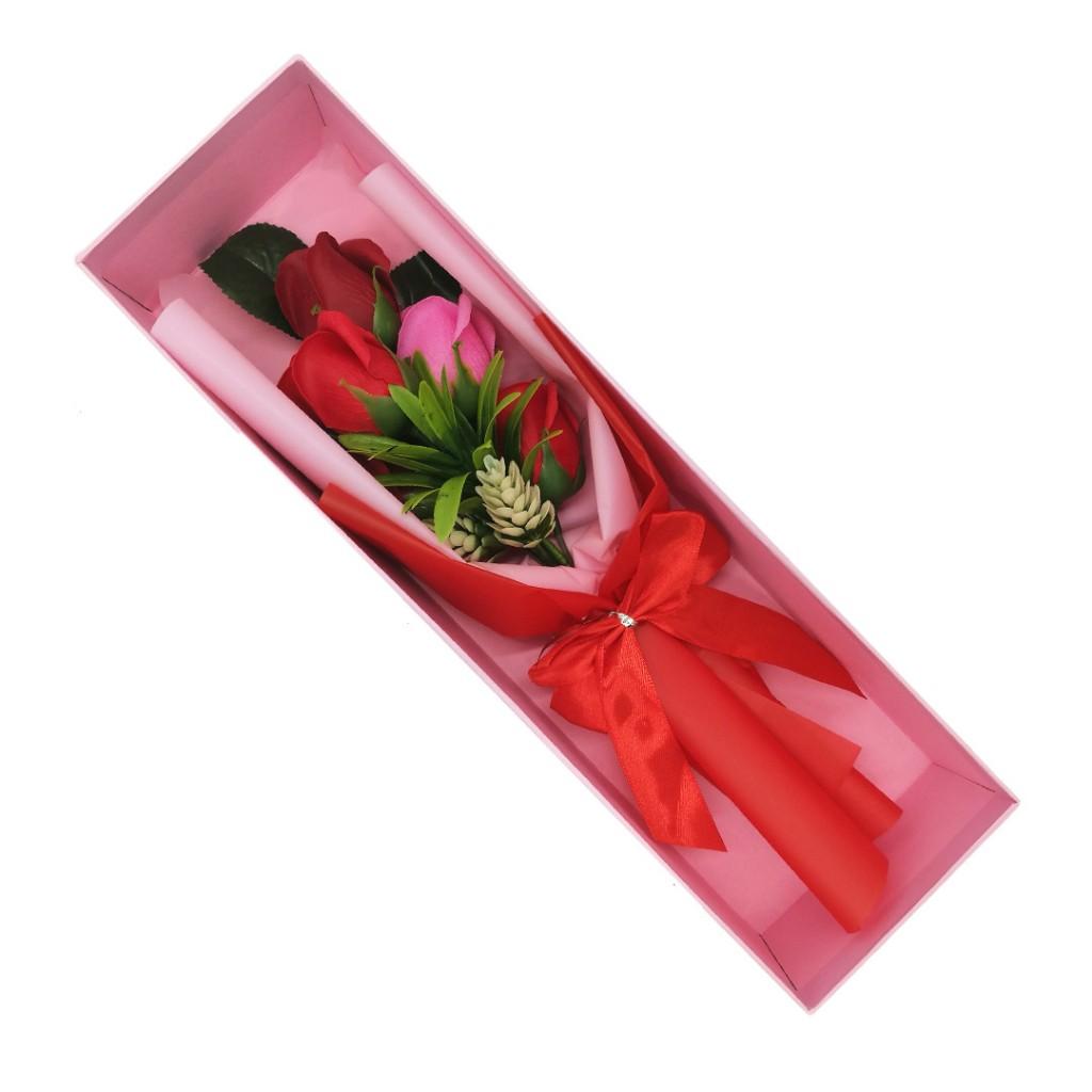 Букет из 5 мыльных роз в коробке, 37х11х8 см (Цвет: Красный оттенок )